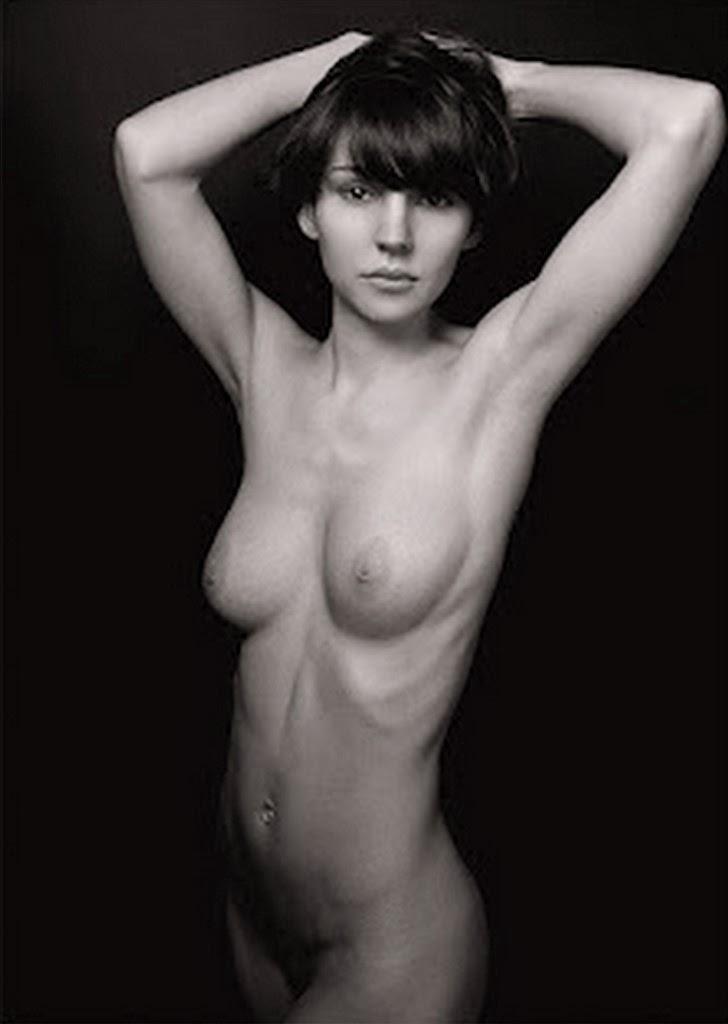 fotos-artisticas-femeninas-imagenes-en-blanco-y-negro