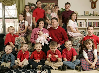 duggars lots of kids onequartermama