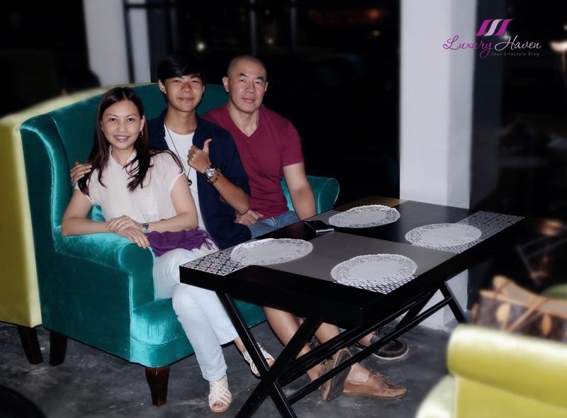 celebrity lifestyle blogger reviews arteastiq boutique tea house