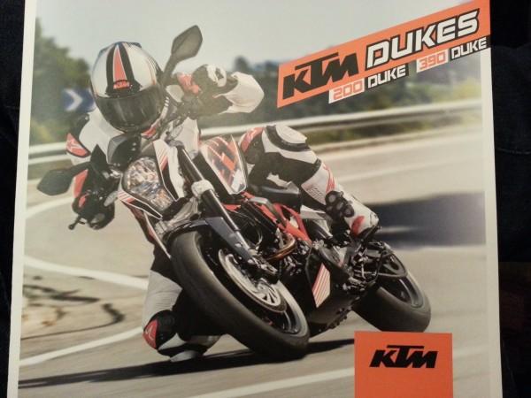 motonhapkhau KTM Duke 390 ra mat tai an do2