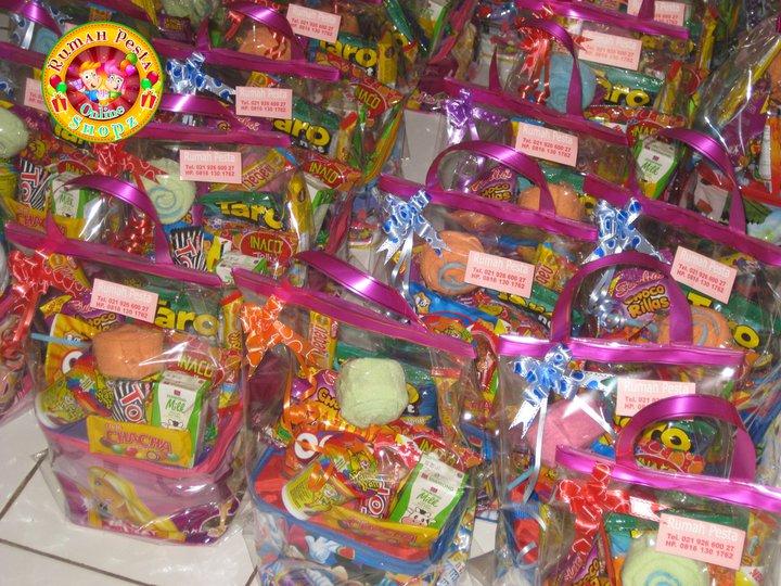 Rumah Pesta Shopz Souvenir Ulang Tahun Perpisahan Sekolah Natal