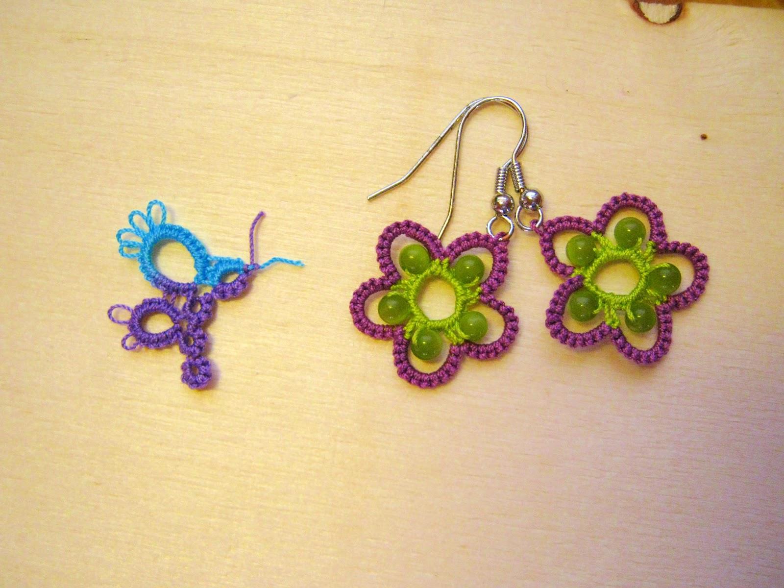 Per i petali ho scelto il cotone viola lucido e per il centro il verde