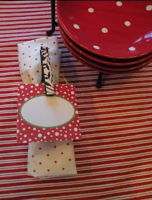 Enfeites de natal feitos com pregadores de roupas