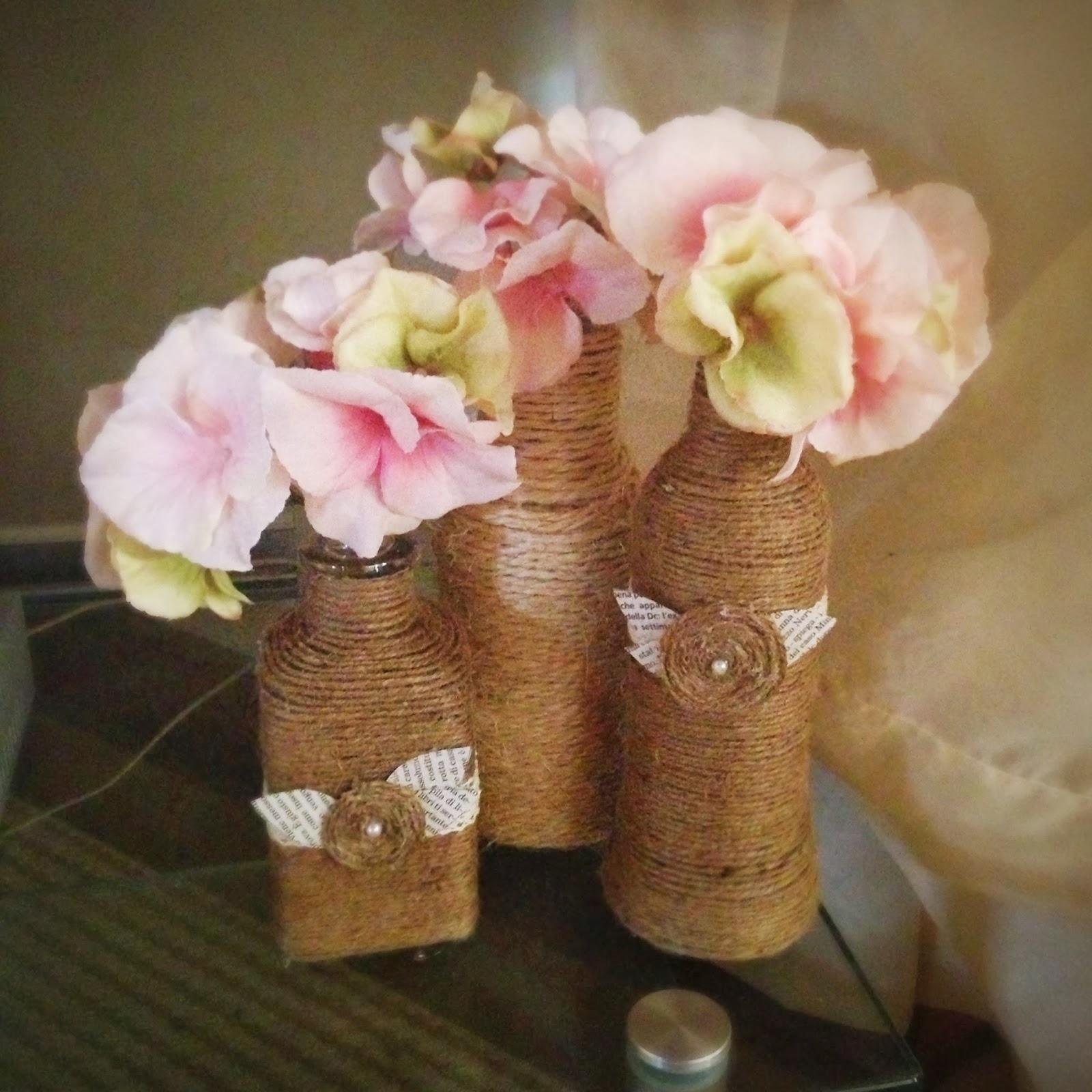 Giugizu 39 s corner d i y yarn wrapped bottles bottiglie - Bottiglie vetro decorate ...