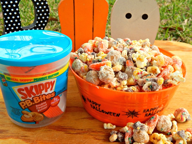 This Delicious Monster Munch Halloween Popcorn Party Mix Is Easy To Make Its A Great Treat Serve At Your Next
