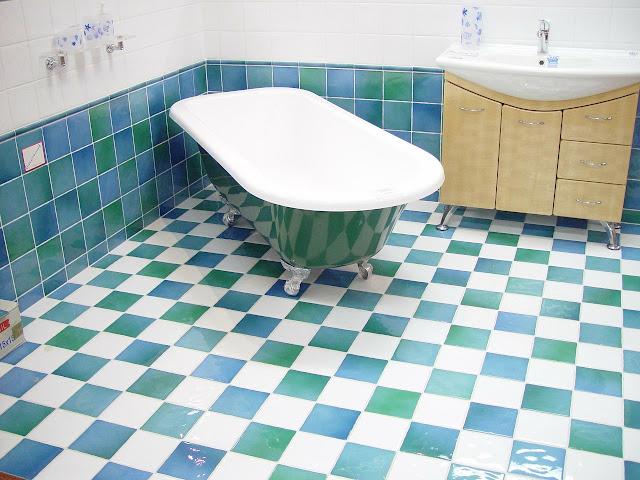 model desain kamar mandi,gambar desain kamar mandi,desain kamar mandi cantik