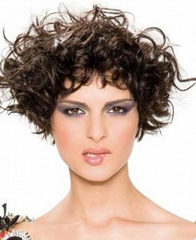 Pelo corto ondulado 2013 estilo imagen y m s - Peinados cortos y rizados ...