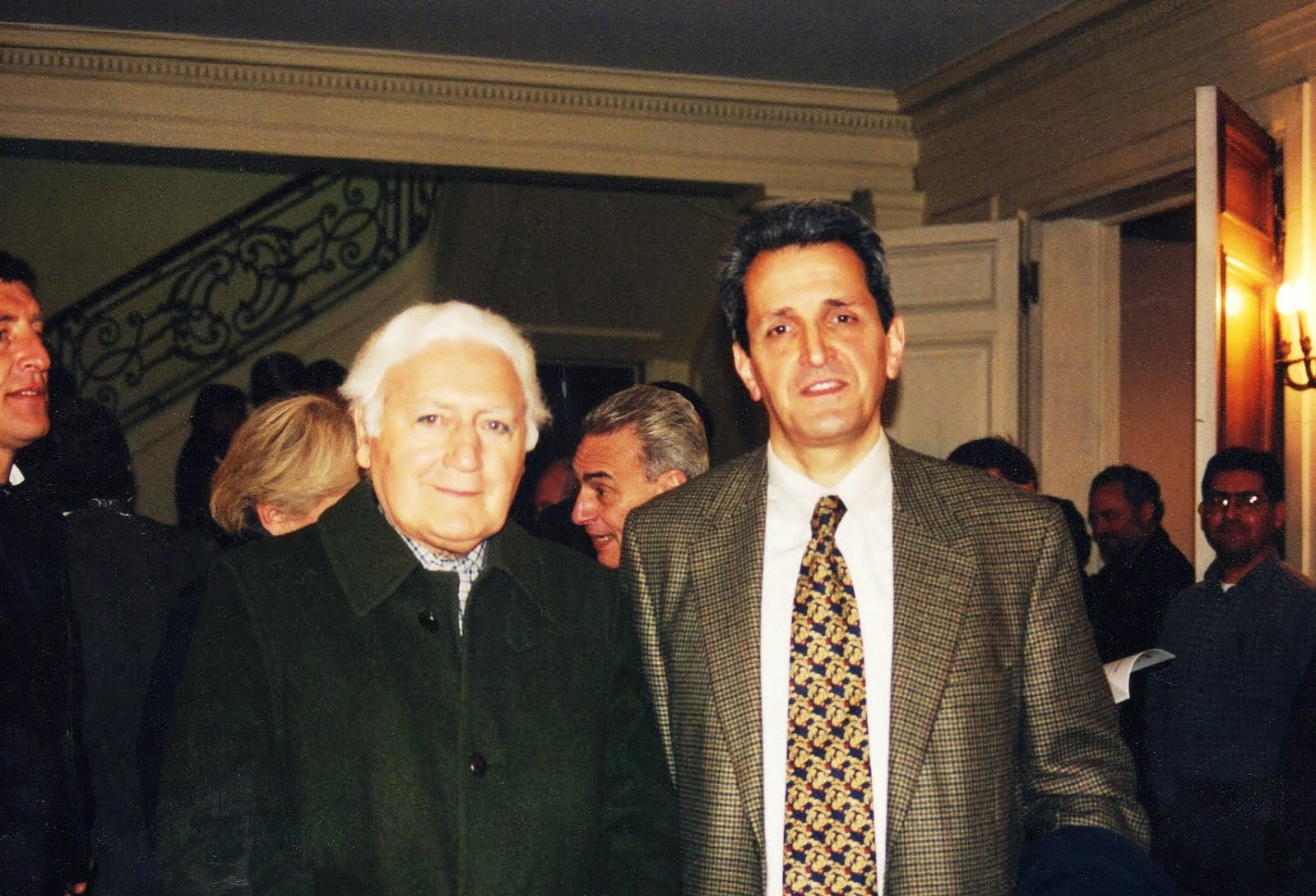 Con Miguel Serrano
