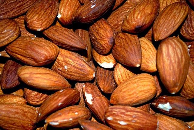 Amêndoas podem prevenir diabetes e doenças cardíacas
