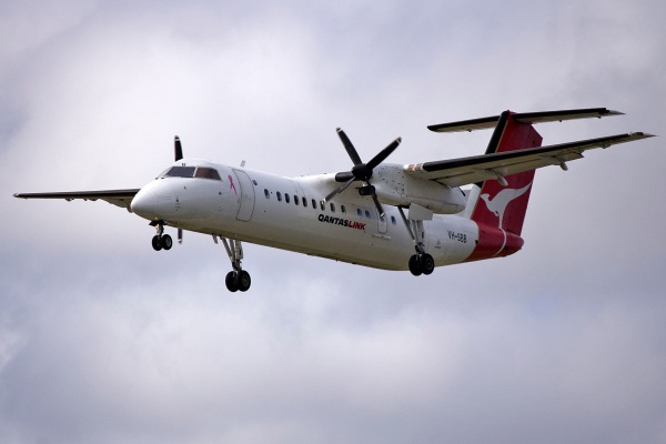 Bombardier Dash-8 Q300
