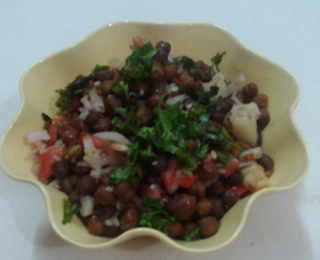 http://paakvidhi.blogspot.in/2013/11/channa-chaat.html