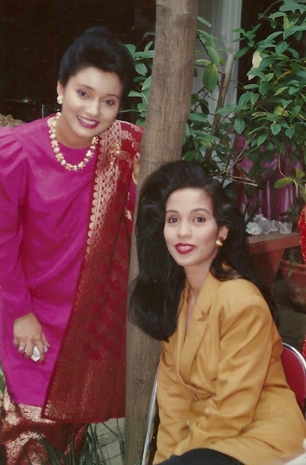 Budaya Menulis Keluarga Besar Kami: Marissa Haque & Soraya Haque