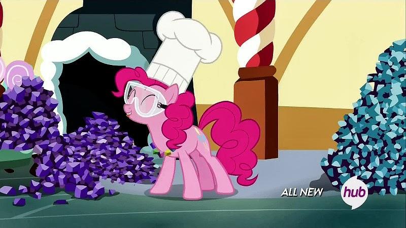 Pinkie Pie in the kitchen