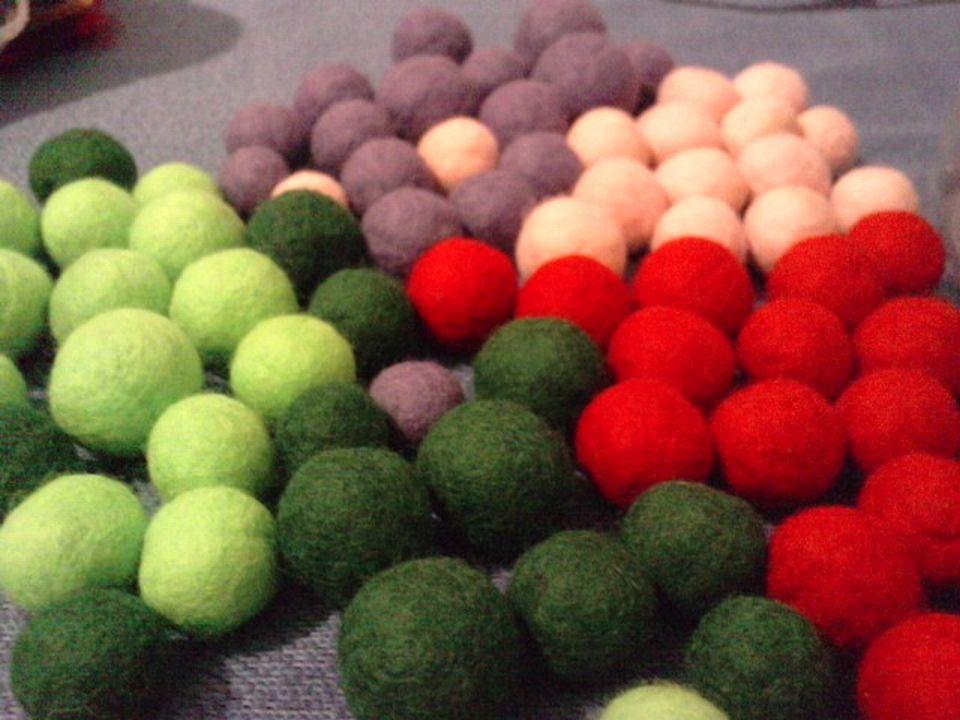 Relasé: Come fare le palline di feltro? - un modo davvero ...