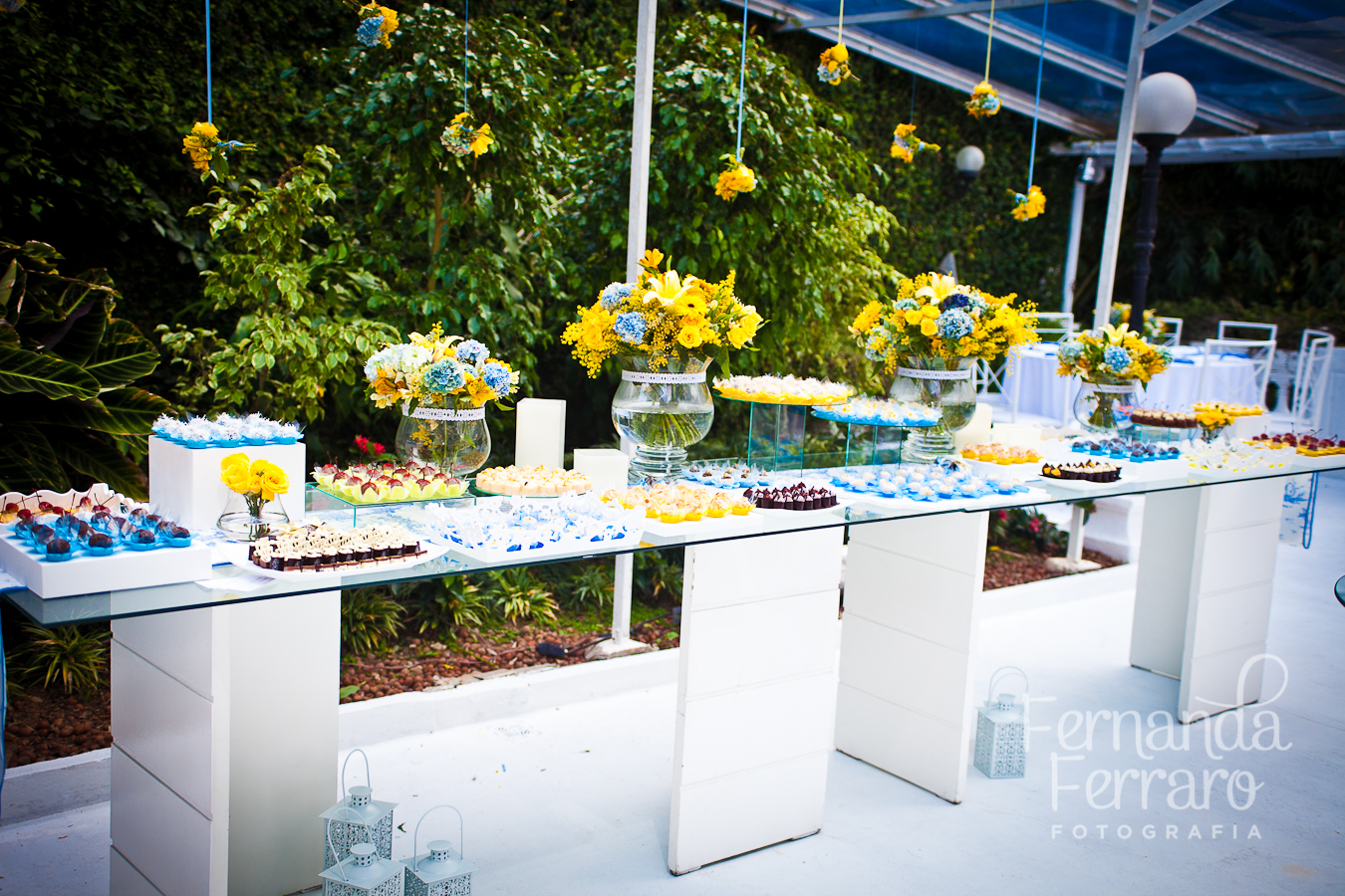decoracao para casamento em azul e amarelo:Lá vem a Noiva: Amarelo e azul – dupla moderna e romantica
