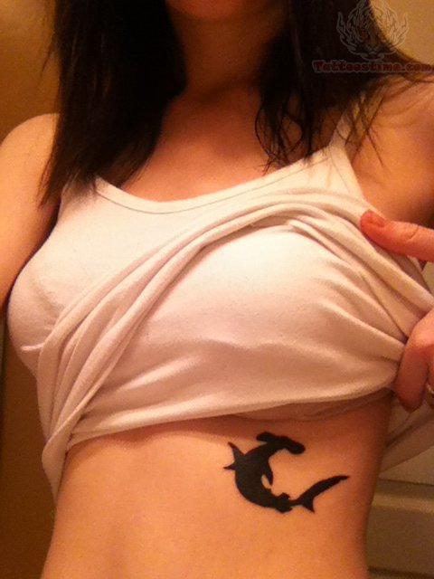 Tatuajes de tiburones para mujeres