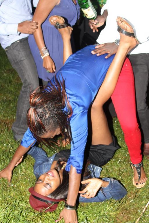 uhuru kenyatta son dating the wrong