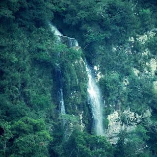 Cascata vista do Mirante Sonda, em Nova Pádua.