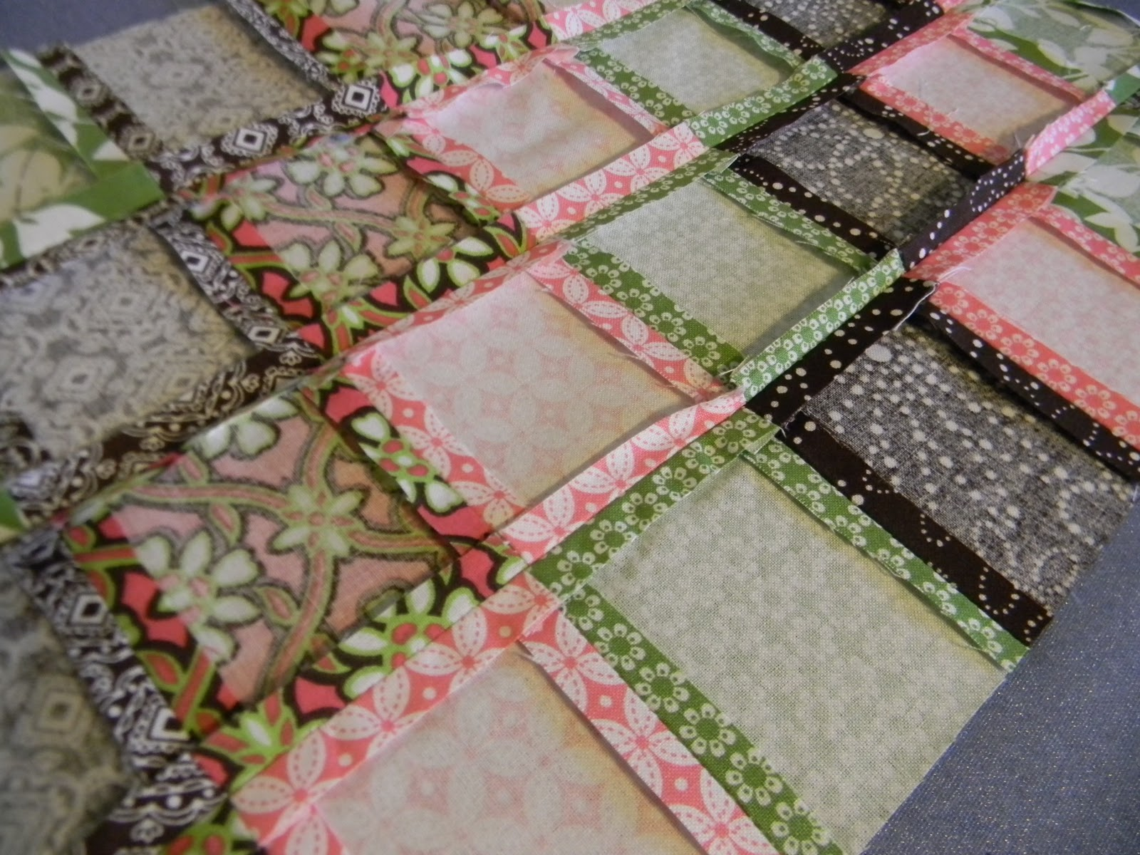 From Dahlias to Doxies: DIY Doll Beds and Tiny Quilts : doll quilt size - Adamdwight.com