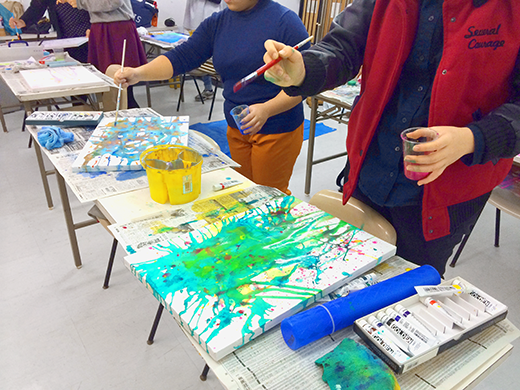 横浜美術学院の中学生教室 美術クラブ 絵の具課題「絵の具のシミから描写しよう!」9