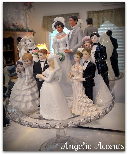 I could just go on and on about my love for wedding cake toppers vintage