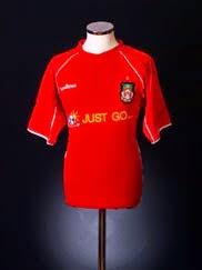 2004-05 Wrexham Home Shirt