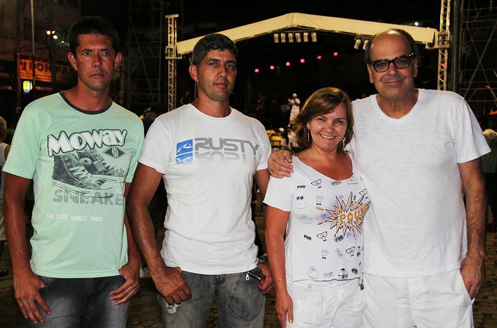 Presentes estavam o subsecretário de Turismo e coordenador do Núcleo de Eventos, Ronaldo Fialho, e parte da equipe de eventos da Prefeitura, responsável pela organização da festa