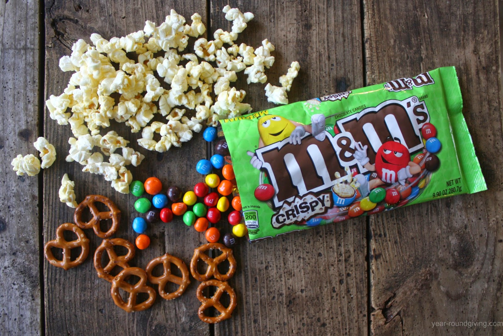 M&M's® Crispy popcorn snack mix ingredients