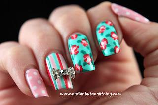 Vintage style nail art