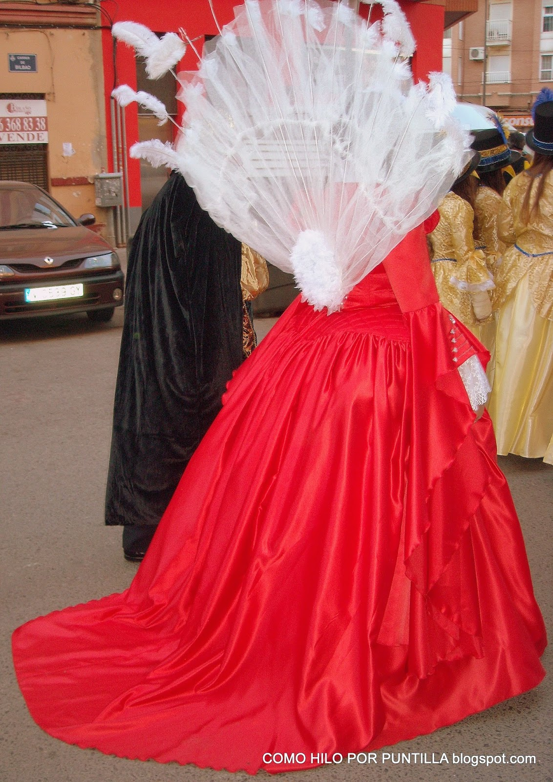 Mirror_Mirror_costume_red_dress