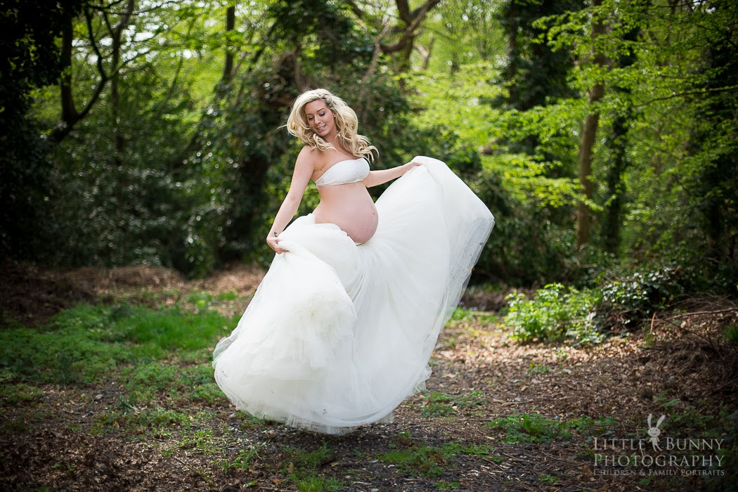 Woodford Chingwell Maternity Photographer