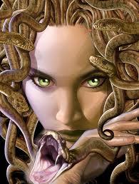 La Lucha de los Dioses 4/10 Medusa