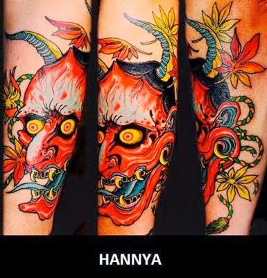 Tatuagem samurai no antebraço da máscara de hannya