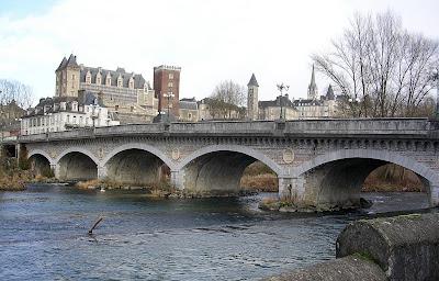 Le pont du XIV juillet pau