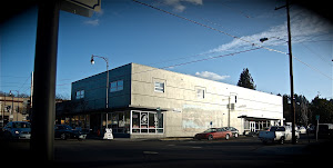 The Oregon Antiques Mall Building