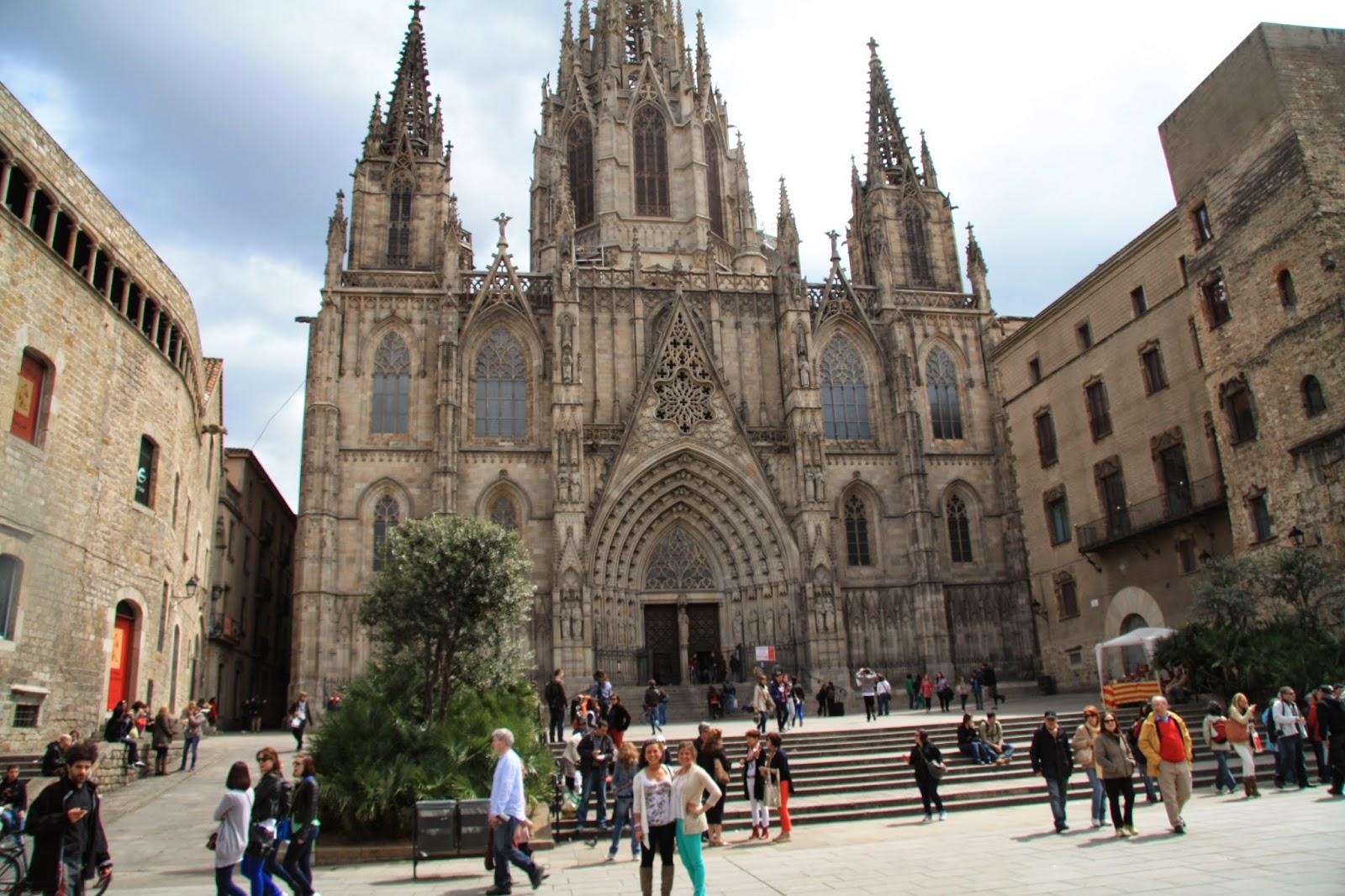 Santa Maria Del Mar Church Photos - Barcelona City Travel ...