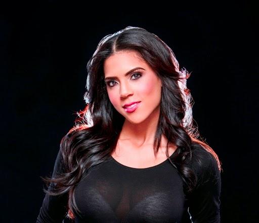 Video-Joven actriz azuana se roba el show compite certamen Nuestra Belleza Latina,