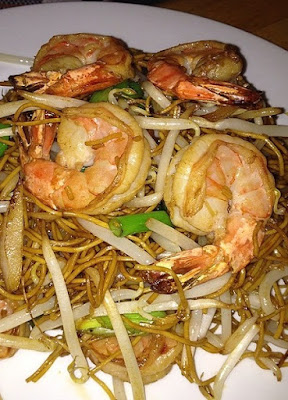 fried prawn Chow Mein