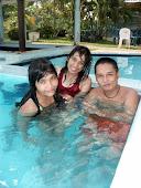 waktu berenang :D