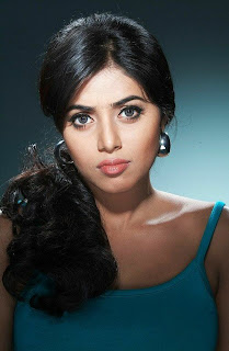 0016 WWW. Actress Poorna Samna Kim Latest  Pictureshoot Gallery Picture Posters Stills Image Wallpaper Gallery