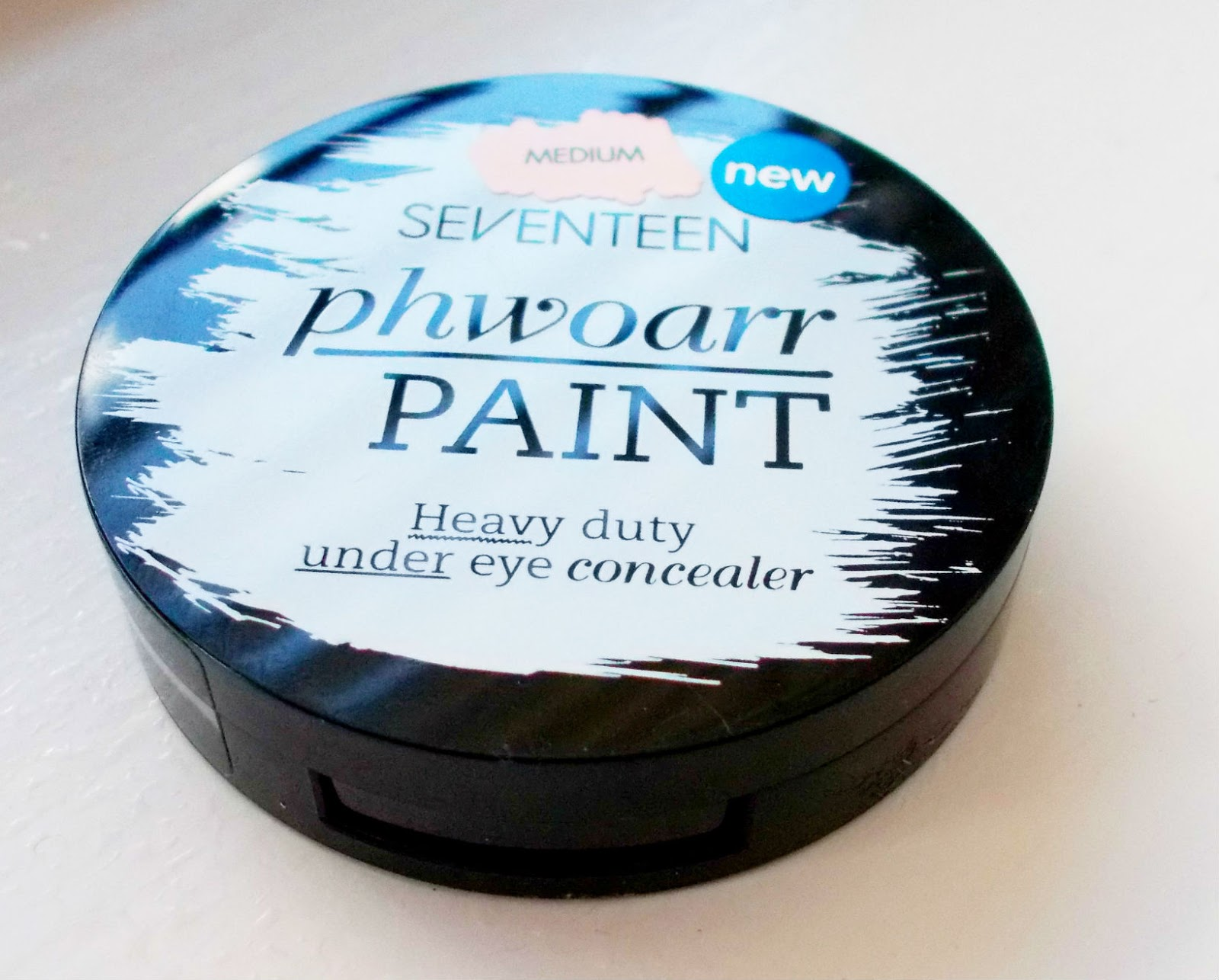 Seventeen Phwoarr Paint Concealer Review