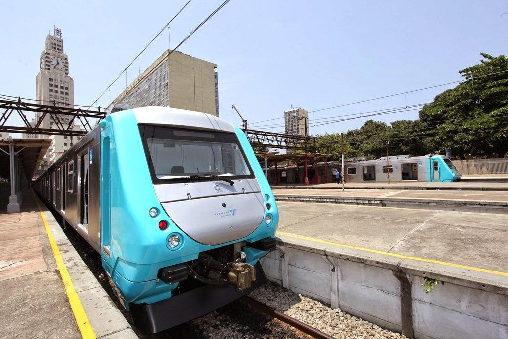 Novo trem nacional entra em operação nos ramais da SuperVia no Rio