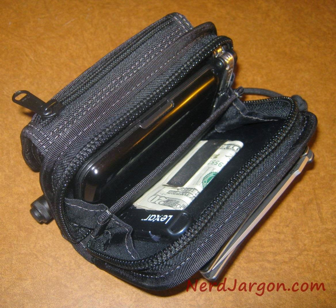 Maxpedition Rat Wallet With Ruinovo USB Battery Pack 3