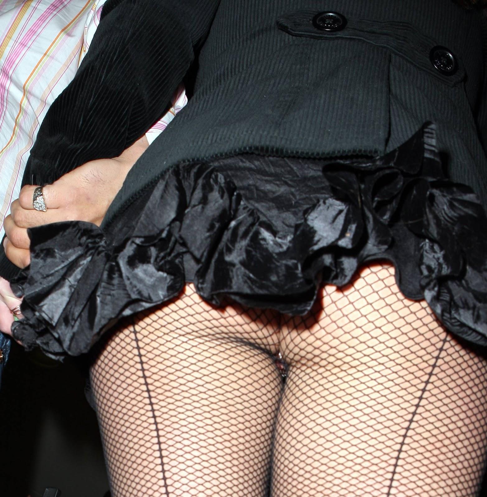 http://4.bp.blogspot.com/-O5LfCAsgM98/ULUtNZM0VSI/AAAAAAAASYE/lQGYEQGMwf0/s1600/Britney_Spears144.jpg
