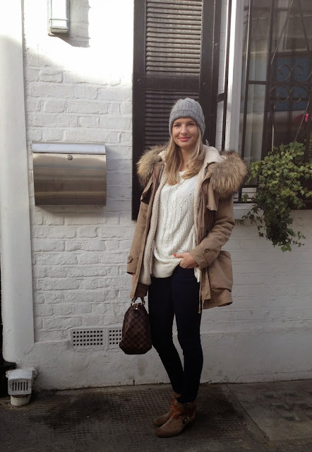Louis vuitton, german fashion blogger, minusey, woolie hat, knitted jumper, white jumper, blue jeans