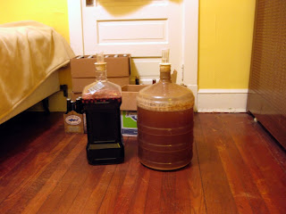 Gruit on the right, cherry-sour-porter on the left.