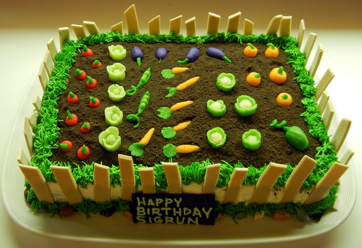 Decorating Ideas > Ronnas Blog Garden Cake ~ 224209_Cake Decorating Ideas Vegetables