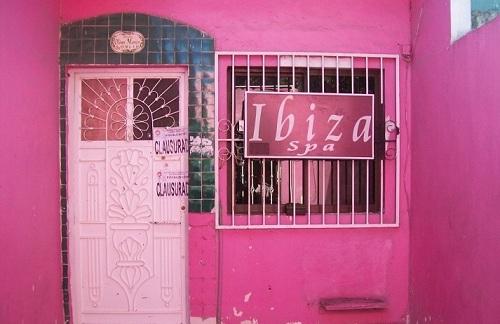 Clausuran casas de citas clandestinas en canc n - Casas de cita ...