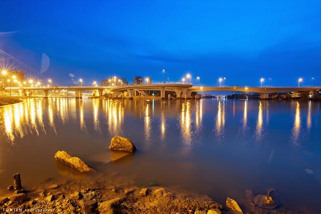 Nguyen Van Cu Bridge