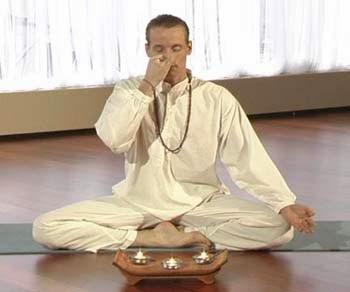 Ringiovanire con la respirazione pranayama
